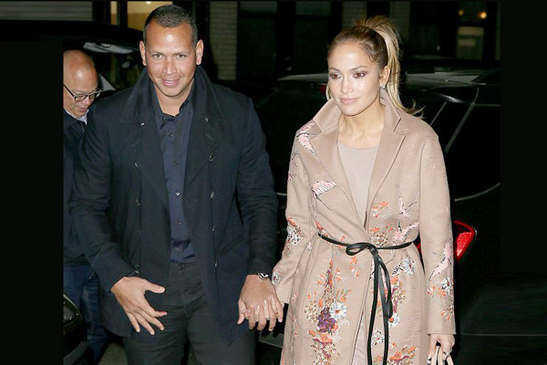 Rod and J.Lo spend weekend with their children