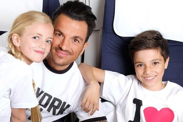 Peter Andre Vary Of Getting Phones For Kids Radioandmusic Com