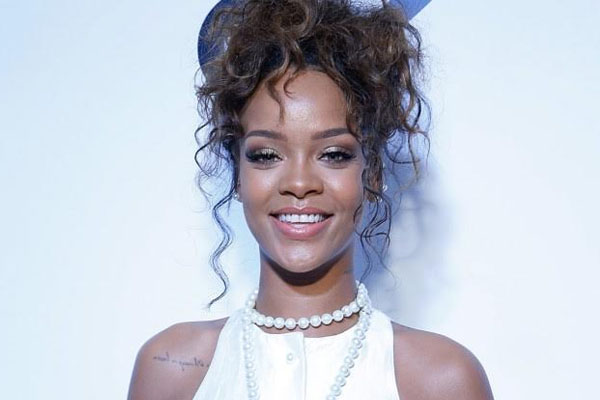 Rihanna Reveals Oscar Ambition