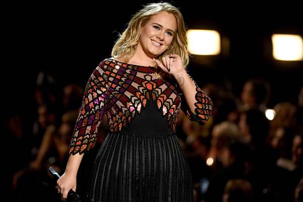 Adele celebrates 30th birthday at 'Titanic'-themed party