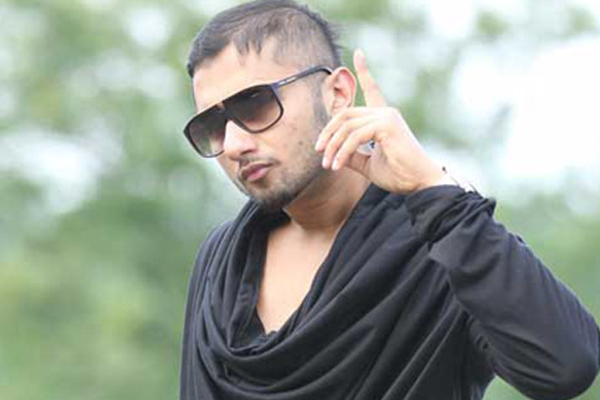 Honey Singh Son Yo yo honey singh croons a
