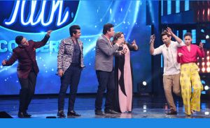 Varun Dhawan and Alia Bhatt on 'Indian Idol 9'