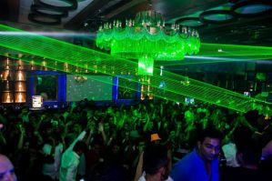 Gareth Emery's Mumbai gig-slideshow headline