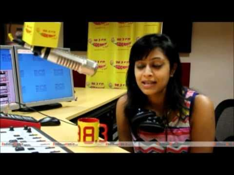 Radio Mirchi RJ Sangeeta recreates eternal charm of 90s