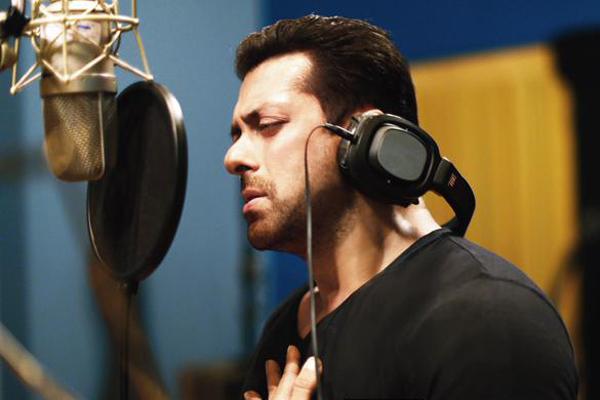 After 'Kick' Salman Khan sings for 'Hero'   Radioandmusic.com