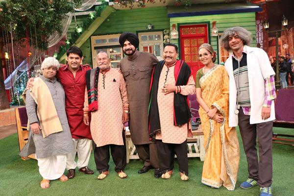 sapno ki nagri mumbai Almost a hundred bollywood movies have had as their opening scene a long  shot of victoria terminus, introducing mumbai as sapno ki nagari.