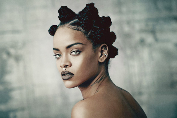 Rihanna to accept Michael Jackson Video Vanguard Award at MTV VMAs
