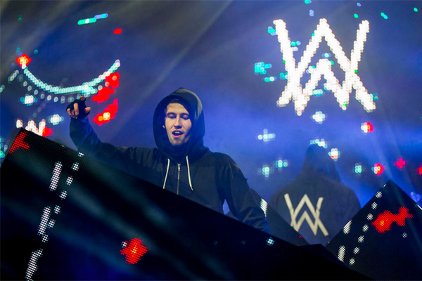MUMBAI: Alan Walker, the Norwegian record producer-DJ who recently won MTV  EMA Awards 2016 for Best Norwegian Act is creating headlines in India's  largest ...