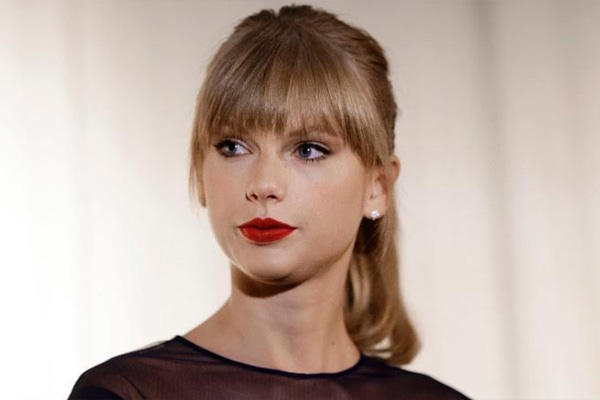 Taylor Swift takes the stand in groping lawsuit