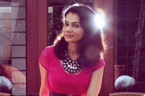 Tanvi shah singer