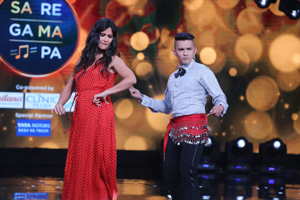 Sa Re Ga Ma Pa: Aditya Narayan does belly dancing to take