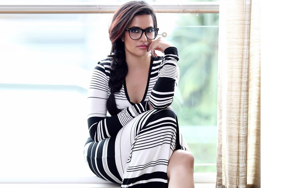 Image result for Sona Mohapatra hot