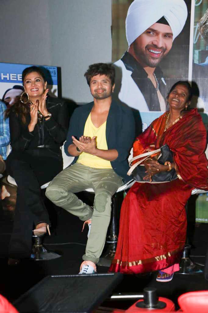 Himesh Reshammiya, Ranu Mondal at 'Teri Meri Kahani' song
