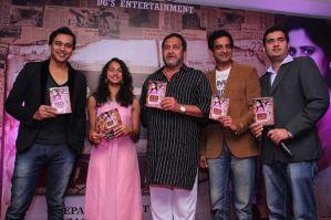 Anurag Sharma, Gauri Ingwale, Mahesh Manjrekar, Pankaj Vishnu & Girish Sathe