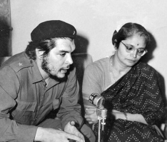 Che Guevara with KP Bhanumathy (Photo credit: Twitter)