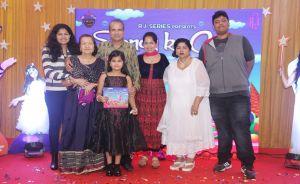 Suresh Wadkar's family with wife & son of Ravindra Jain