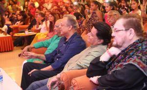 (L-R) Ashok Patki, Shailendra Singh, Anup Jalota
