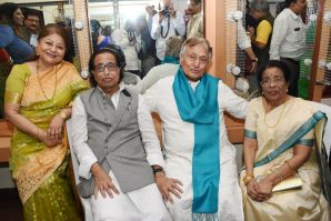 Subhalakshmi Khan, Hridaynath Mangeshkar, Ustad Amjad Ali Khan and Meena Mangeshkar