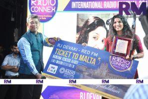 RJ Devaki - Best RJ  award (International Radio Festival)