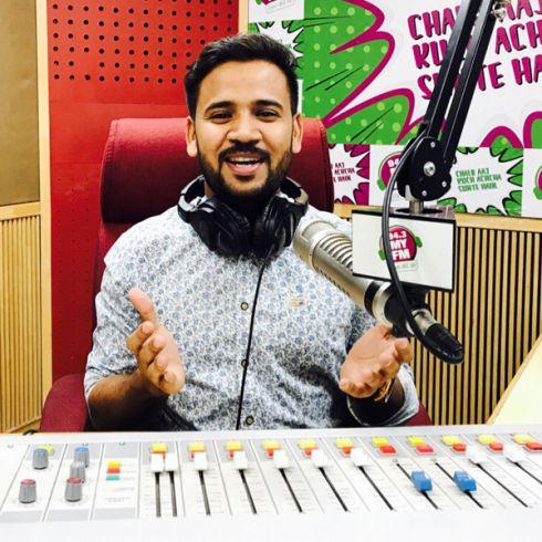 94 3 MY FM Jaipur's RJ Kartik crosses one million followers
