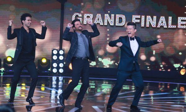 Anil Kapoor dancing along with Rising Star hostsMeiyang Chang and Raghav Juyal