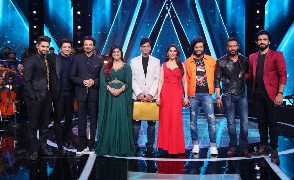 Ravi Dubey, Shaan, Anil Kapoor, Richa Sharma, Indermohan, Madhuri Dixit, Riteish Deshmukh, Ajay Devgan, Amaal Mallik on Sa Re Ga Ma Pa Li'l Champs