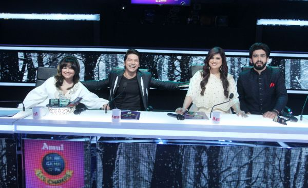 ALisha Chinai, Shaan, Richa Sharma and Amaal Mallik on the sets of Sa Re Ga Ma Pa Li'l Champs